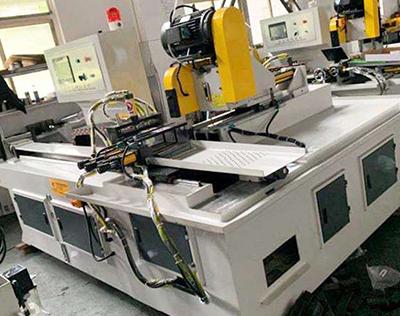 HY425CNC全自动横向切管机